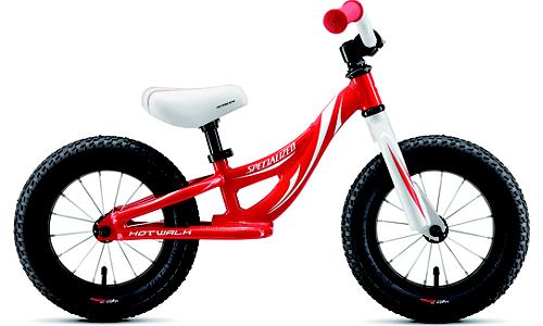 子供用自転車にブームの予感。話題のSTRIDERのような自転車を大手メーカーも出してきました。