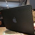 MacBook Airでところかまわず作業したい人は保護ケースよりもシェルを選ぶべき