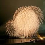 これは行ってみたい!凄い花火大会の動画2012