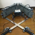 コスプレショップが作った「進撃の巨人」の立体機動装置がクオリティ高すぎて話題