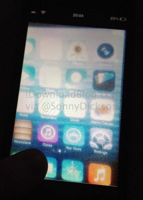 IOS 7 Home screen leak wm