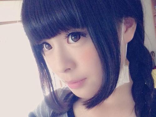 黒髪の清純少女のきゃりーぱみゅぱみゅ