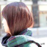 女子の髪がマフラーでモコっとなる通称「マフモコ」を分類したサイト「マフラーしまい髪研究所」