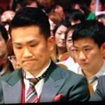 #NHK紅白 マー君のうしろの人がマー君に似てると話題