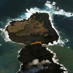 小笠原の新島が隣の西之島とつながりスヌーピーにそっくりだと話題