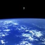 これが本物だ!NASAがリアル「ゼログラビティ」な写真を公開