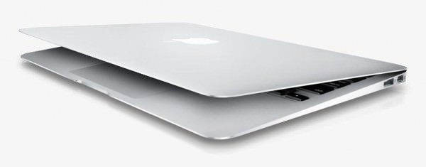 27 MacBook Air 2010 600x235