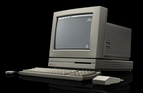 7 Macintosh LC 1990 600x393