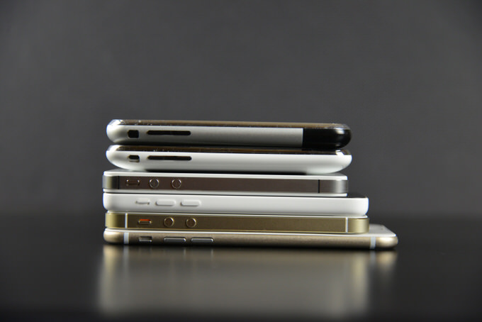Apple iPhone 6 Mockup 25