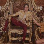 マイケル・ジャクソンがホログラムで復活!未発表曲「スレイブ・トゥ・ザ・リズム」を披露