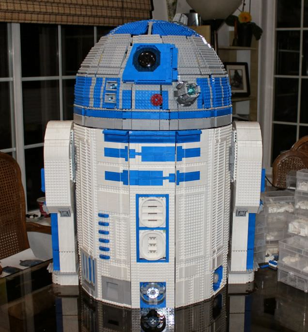 Youtube r2 d2 lego 1