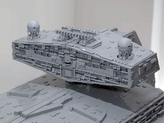 Lego Imperial Star Destroyer 2
