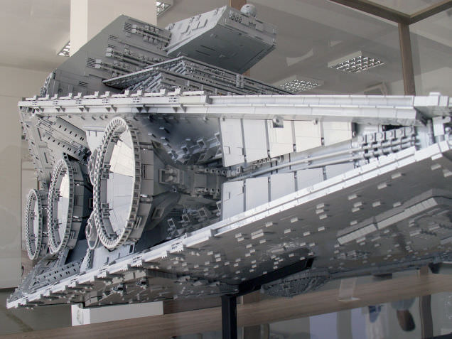 Lego Imperial Star Destroyer 7