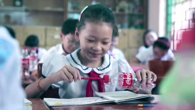 Youtube coca cola used bottle cap 4