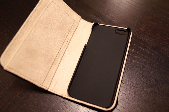 Iphoneaccessory moleskine case 3
