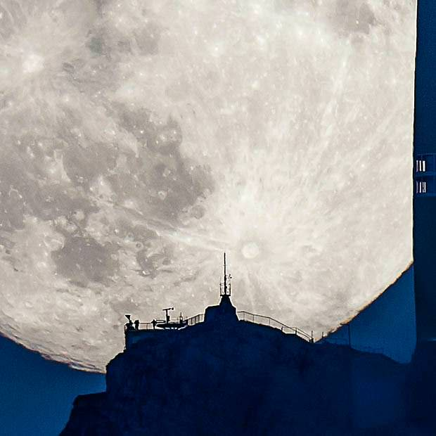 Swiss supermoon