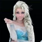 激似!アナと雪の女王のエルサにそっくりな女性のコスプレ画像