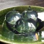 リアルなスライム!水信玄餅で作られたスライムが透明でプルプルで凄い!
