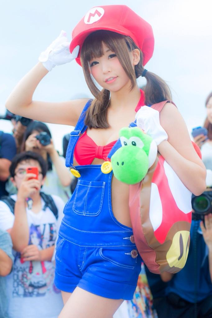 Twitter mario cosplay 2