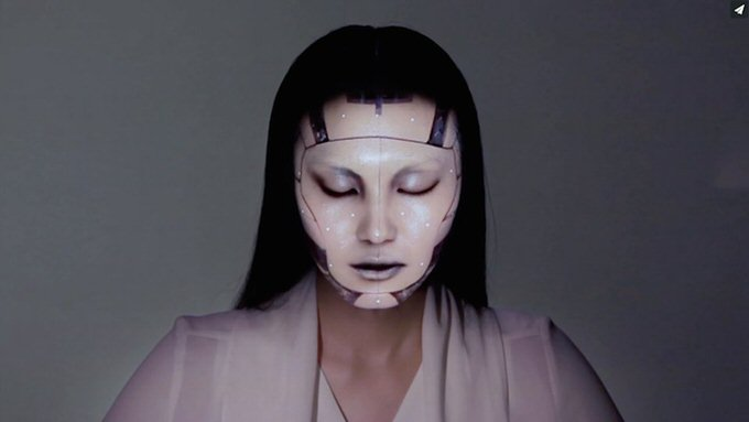 Youtube face projection mapping