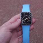 要注意!Apple Watch Sportは胸くらいの高さから落下するとディスプレイが粉々になる