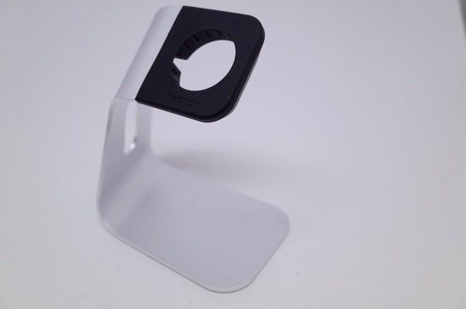 Apple watch stand 1