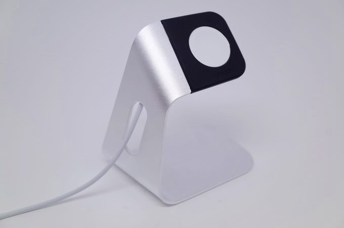 Apple watch stand 7