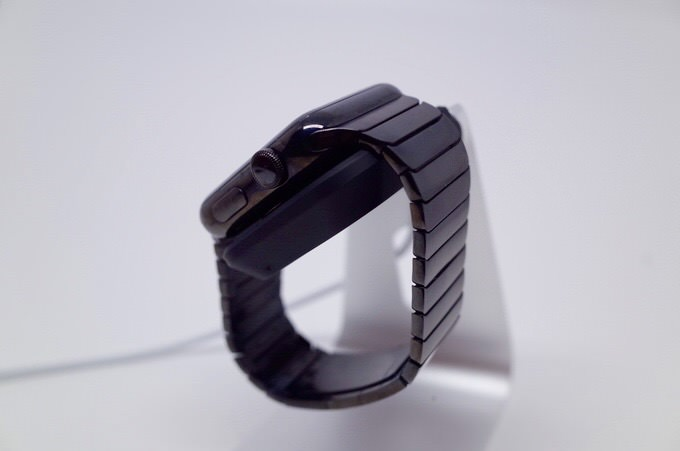 Apple watch stand 9
