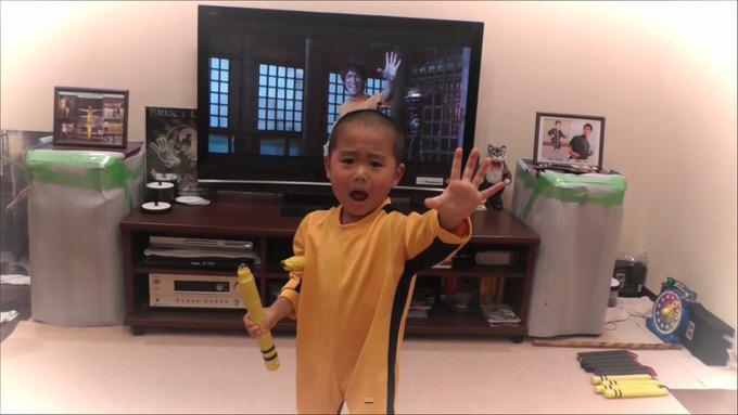 ブルース・リー再来?5歳男子のヌンチャクさばきが凄い!