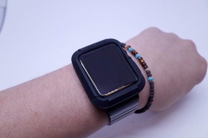【レビュー】Apple WatchがGショックになるケース「ラギッド・アーマー」は安心感が最高!