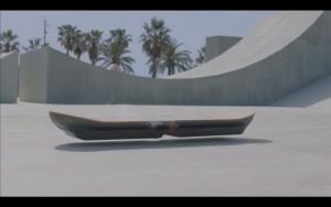 レクサスが「ホバーボード」を開発!バック・トゥー・ザ・フューチャーの世界がやってきた!