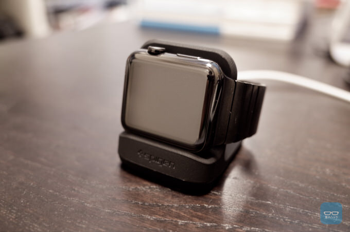 次期アップデートで対応予定のナイトスタンドモードに対応したApple Watch 横置きスタンド「Nightstand S350」