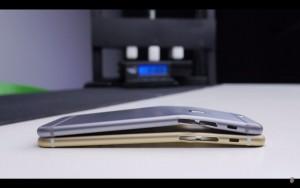 尻ポケットに入れても大丈夫!「iPhone 6s」は強度が2倍以上に!