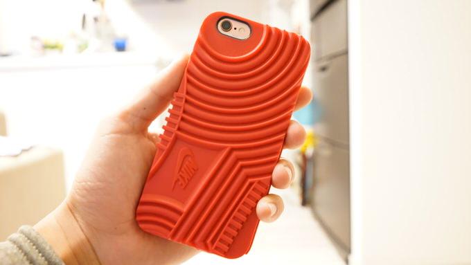 女子にもオススメ!NIKE エアフォースワンのiPhoneケースが可愛かった!