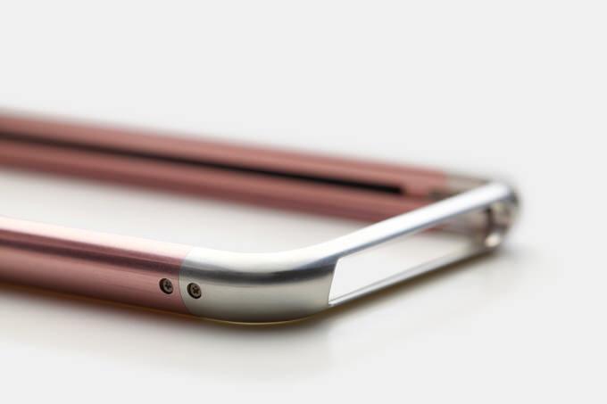 「iPhone SE」専用、超々ジュラルミン製高級バンパーが最大51%OFFセール中