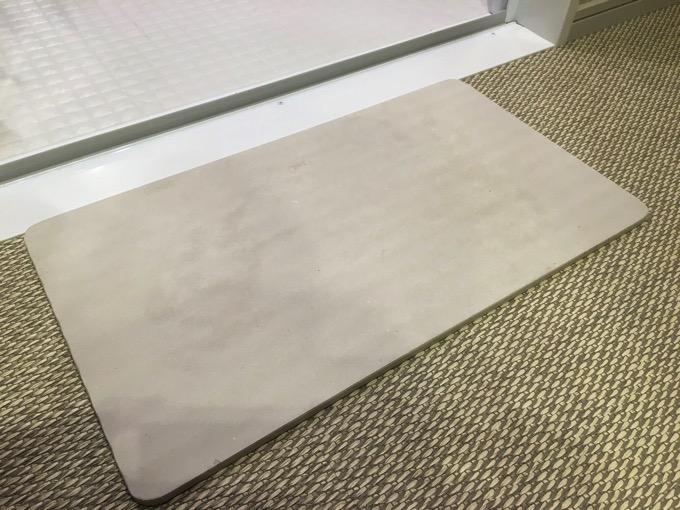 Soil bath mat light 4