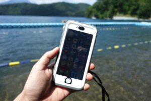 【レビュー】iPhoneの防水ケースに悩んだら「Catalyst」を選べば間違いない