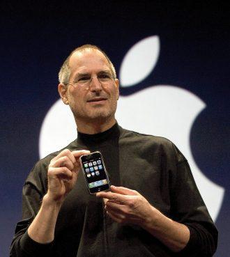 iPhone誕生から10年 ―― ティム・クックCEO「私たちはまだ始まったばかり。最良の時はこれから」