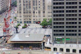 【完全に一致】屋根がMacBookなApple Storeが建造中