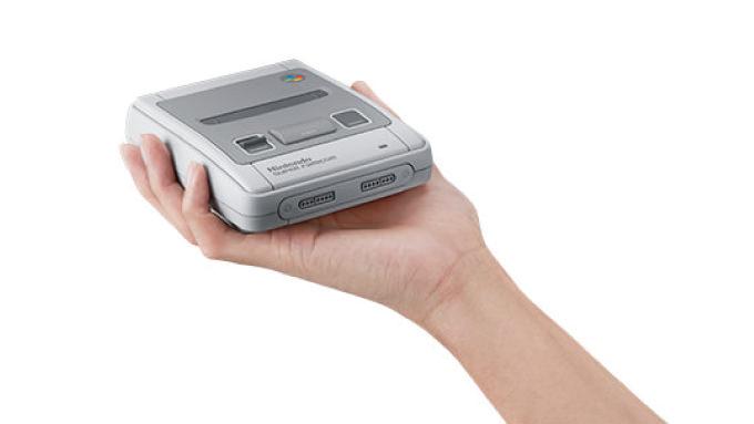 手のひらサイズの「ミニスーパーファミコン」が10月5日発売!厳選20タイトル + 幻の「スターフォックス2」を収録