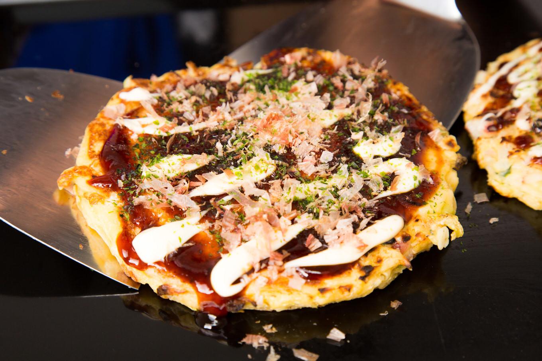 ネタじゃないの? 関西人には普通の食事、理解不能で関東人は驚愕!?