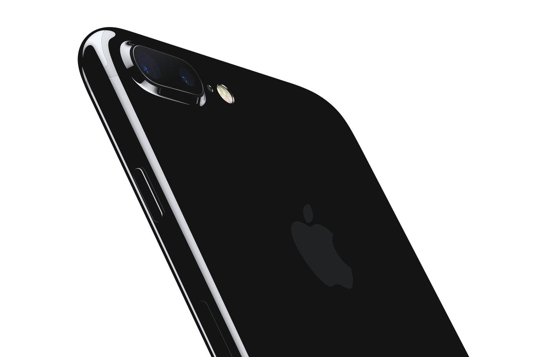 iPhone 12の下位モデル、iPhone SE 2より少しだけ小さくなる可能性