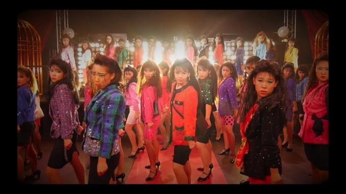 """最高にキレッキレ!話題の""""女子高生ダンス部""""が「バブリーダンス」のPVを公開"""