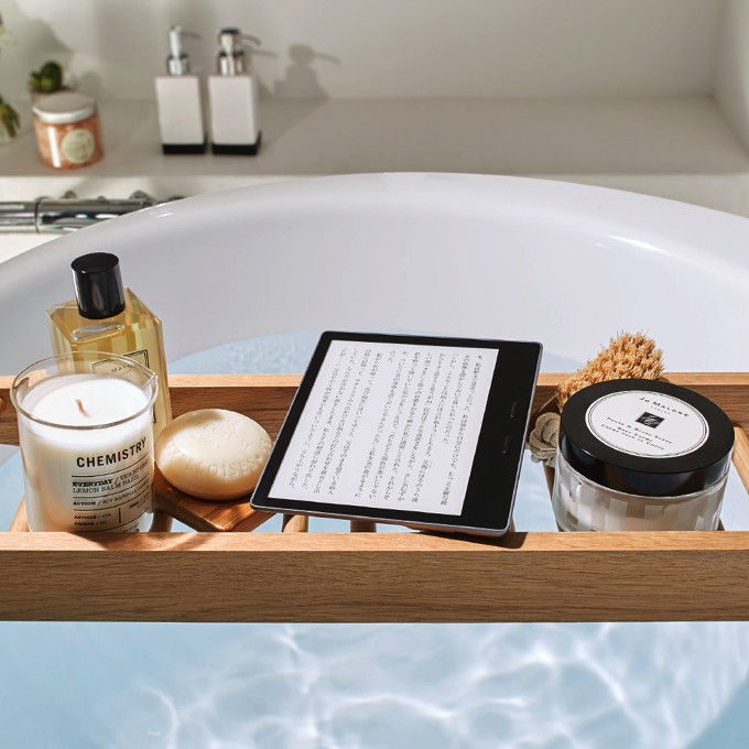 Amazon、防水タイプの「Kindle Oasis(第9世代)」を発表 10月31日より発売