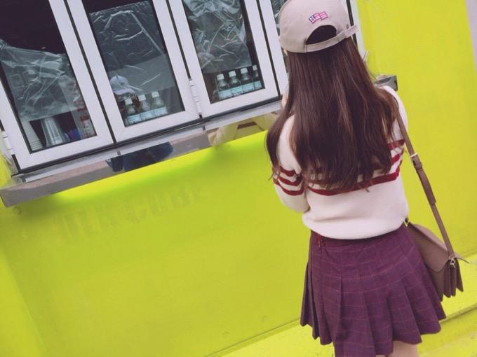 【画像まとめ】10月18日「ミニスカートの日」にSNSに投稿されたミニスカ写真
