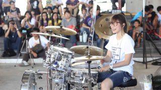台湾の美女ドラマー「羅小白 S.white」が話題に 「楽しそうに演奏している姿がいい」と反響