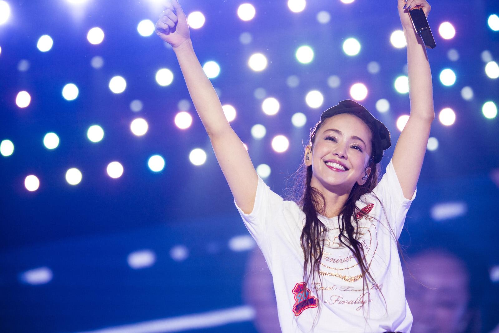 安室奈美恵、公式サイトで引退メッセージ「25年間ありがとうございました」