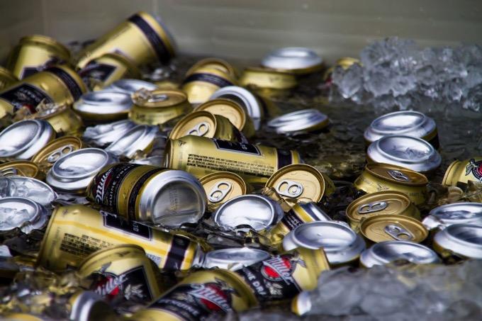 缶ビールの急速冷却に意外なアイテムが大活躍「その発想は神」と大反響