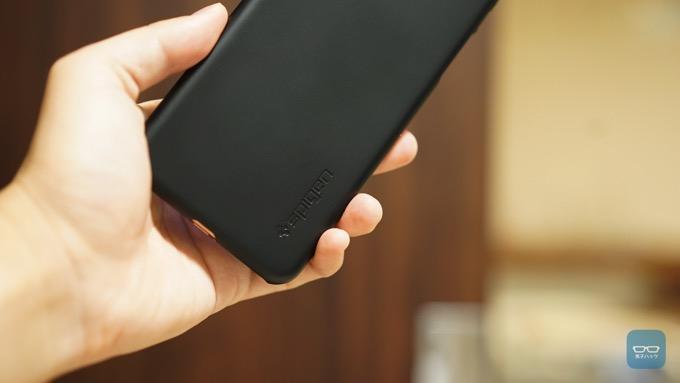 iphone-xs-max-spigen-13