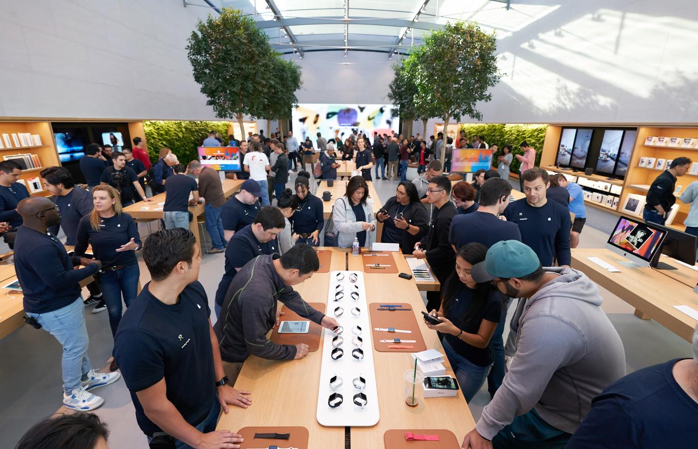 Apple、iPhoneなどのApple製品をAmazonで直販開始へ